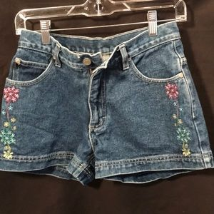 No Boundaries blue jean shorts size juniors 5